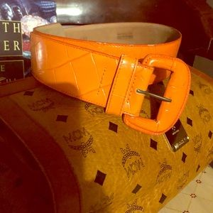 Accessories - Alligator orange belt